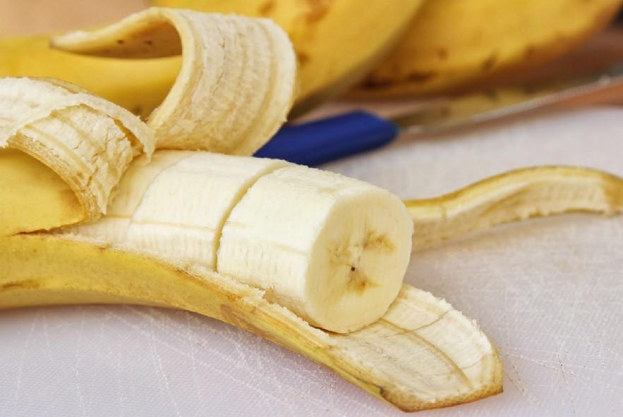 Banane fritte al cocco e sale - Step 1 - Immagine 1