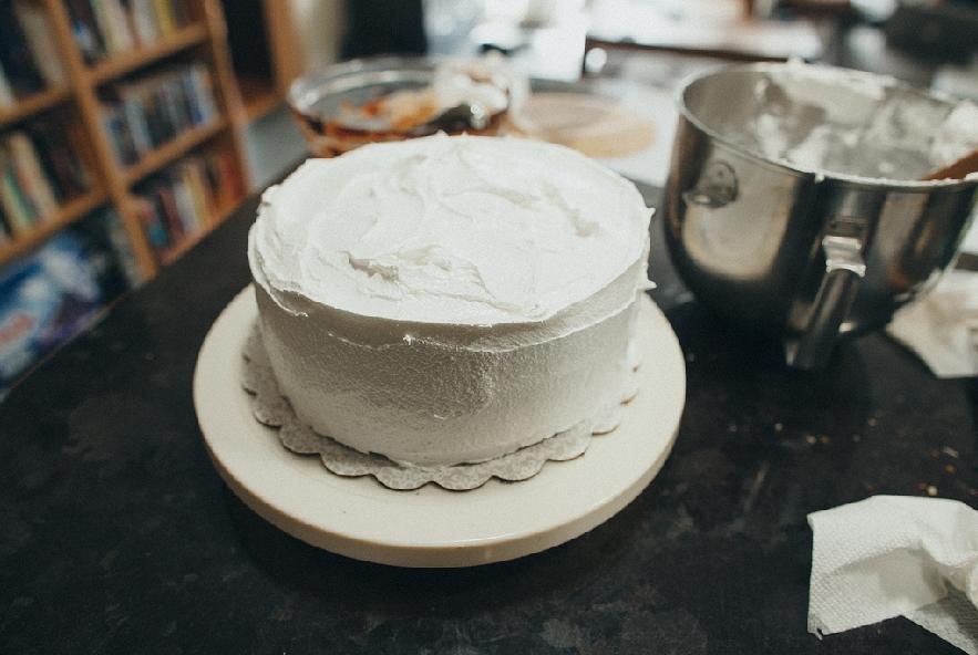 Torta con ganache al cioccolato e meringa - Step 8 - Immagine 2