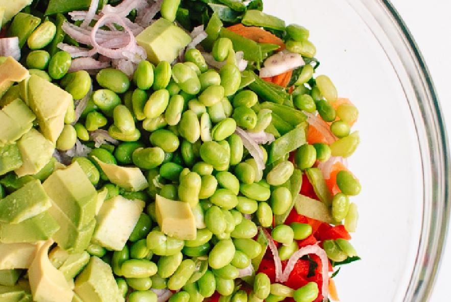 Insalata di cavoli tritati con carote e avocado - Step 1 - Immagine 1