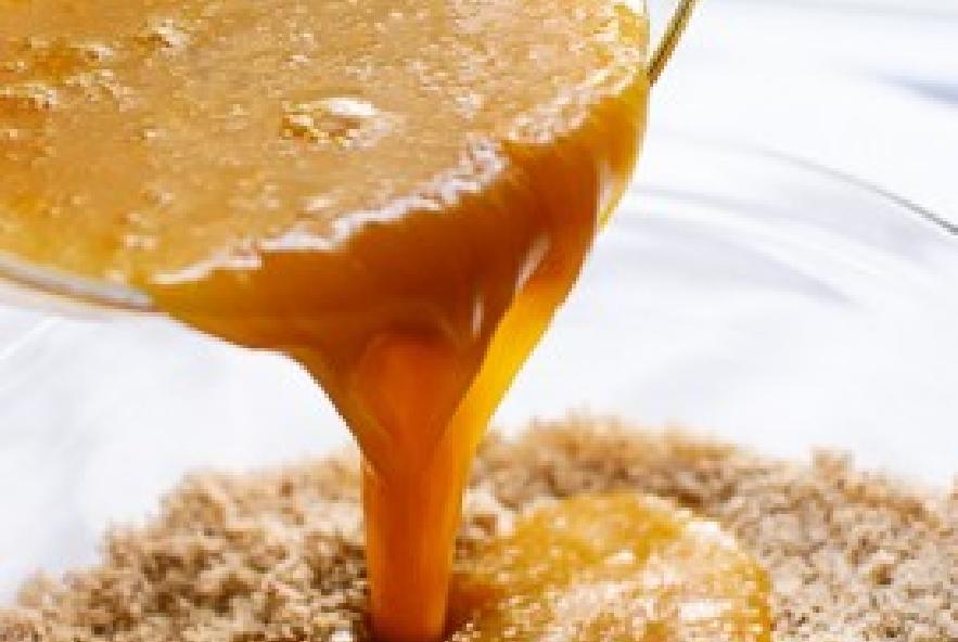 Torta di mandorle e miele con i lamponi - Step 3 - Immagine 2