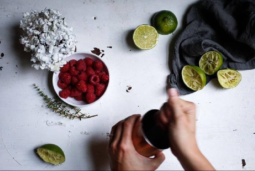 Cocktail di lamponi e gin - Step 1 - Immagine 1