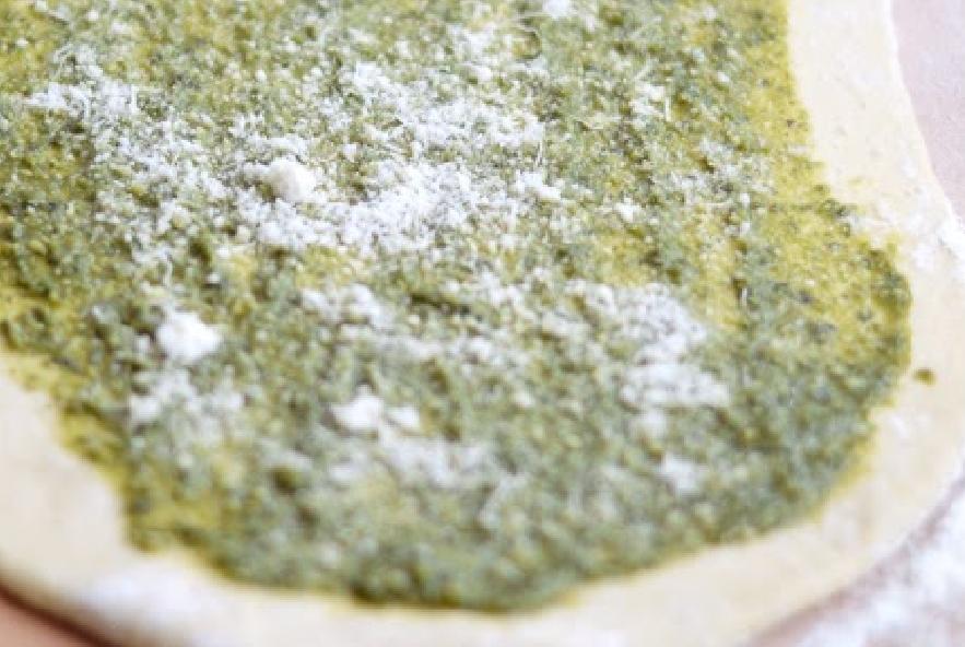 Treccia di pan brioche al pesto e parmigiano - Step 3 - Immagine 2
