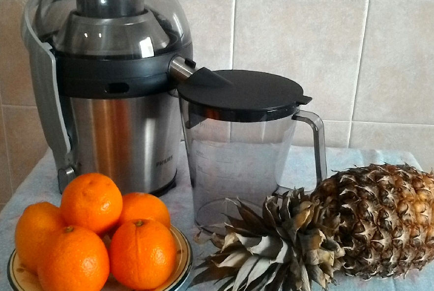 Succo di arancia e ananas - Step 3 - Immagine 1