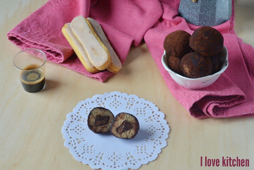 Tartufi al tiramisù con cuore di nutella - Step 6 - Immagine 1
