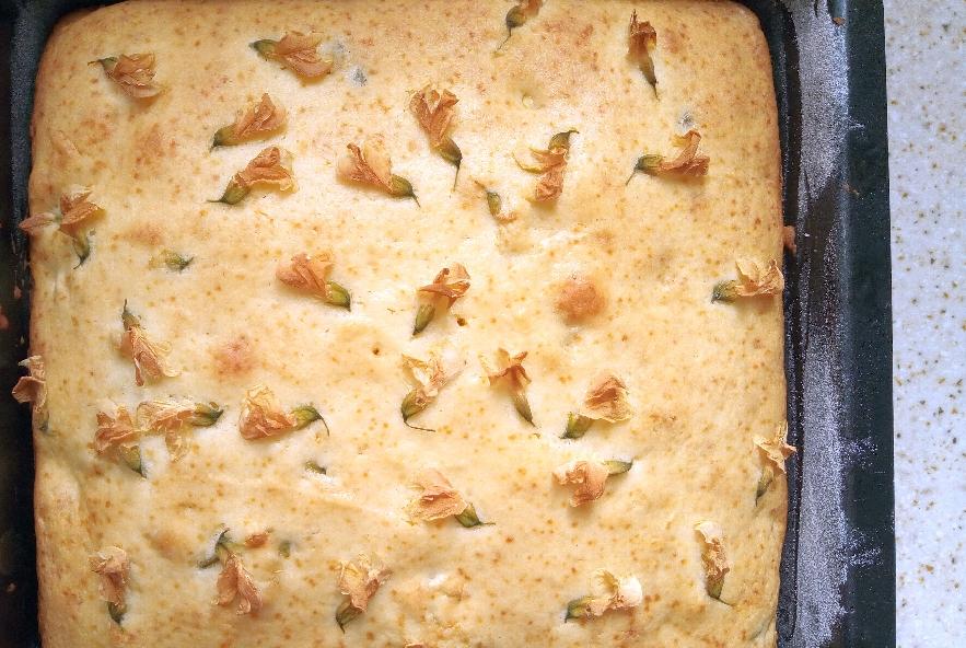 Torta con cioccolato bianco e fiori d'acacia - Step 4 - Immagine 2