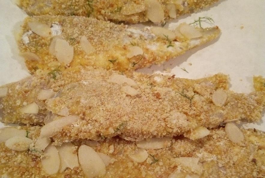 Gallinella impanata con asparagi e frutta - Step 1 - Immagine 1