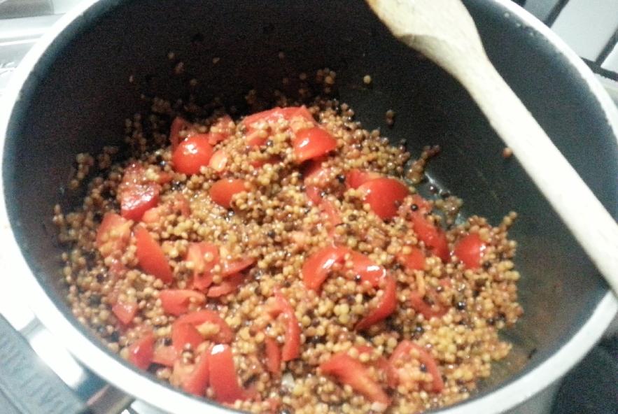Fregola sarda risottata con cozze e gamberetti - Step 4 - Immagine 1