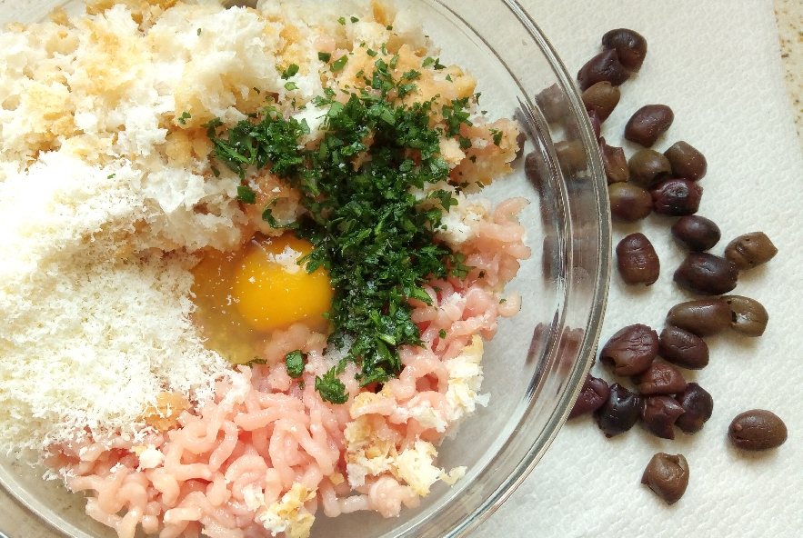 Polpette di tacchino e olive al limone - Step 1 - Immagine 1