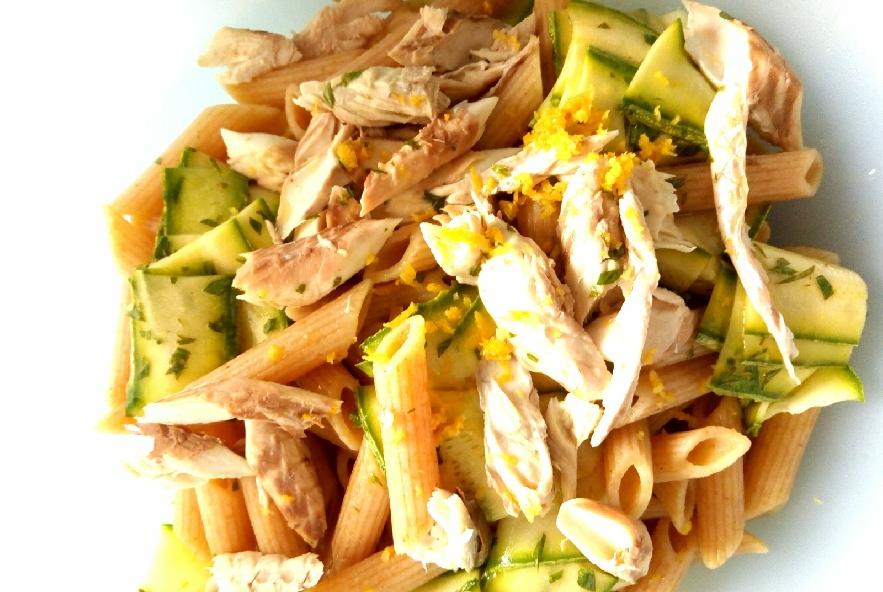 Pasta fredda con sgombro e zucchine marinate - Step 4 - Immagine 1