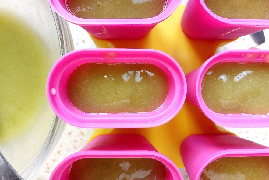 Ghiaccioli anguria e kiwi - Step 5 - Immagine 1