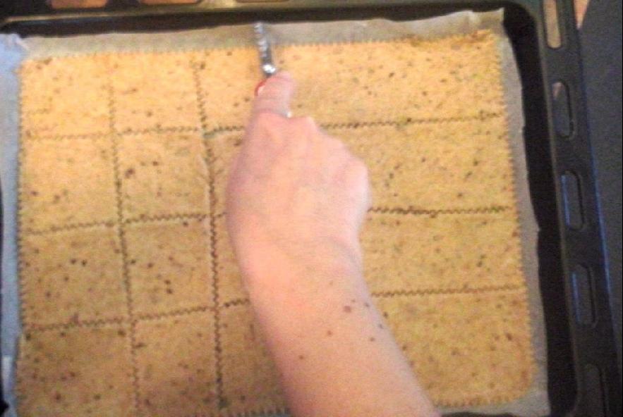 Crackers integrali con mix di semini - Step 4 - Immagine 1
