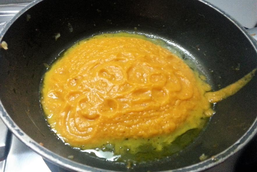 Tagliatelle zucca, salsiccia e ricotta infornata - Step 3 - Immagine 1