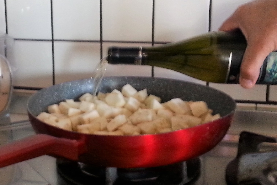 Gnocchi di patate rosse con crema di melanzane - Step 4 - Immagine 4