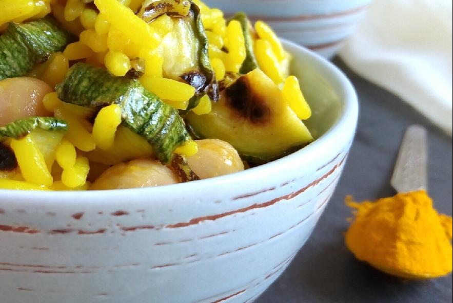 Insalata di riso alla curcuma con ceci e zucchine - Step 5 - Immagine 1