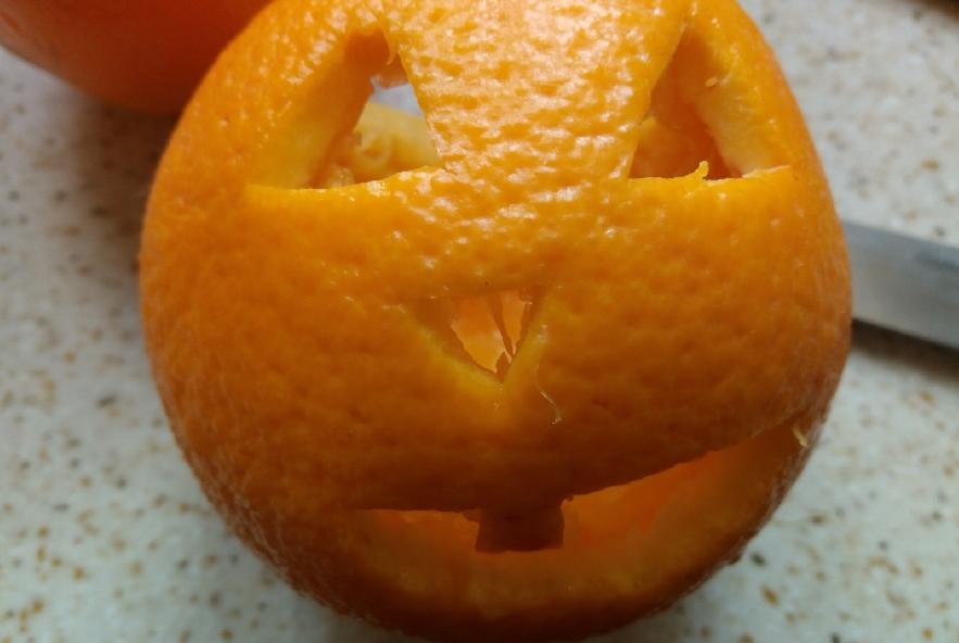 Jack o'salad nell'arancia - Step 2 - Immagine 2