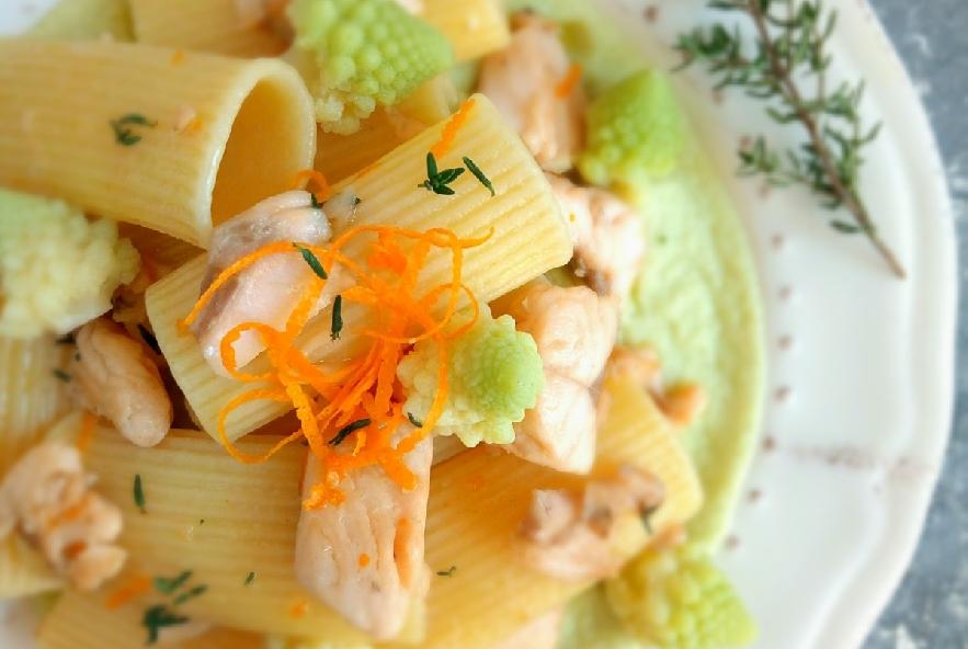 Rigatoni con trota salmonata e broccolo romanesco - Step 5 - Immagine 1