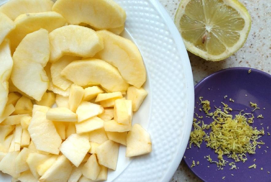 Torta di mele con farina di farro e di castagne - Step 1 - Immagine 1