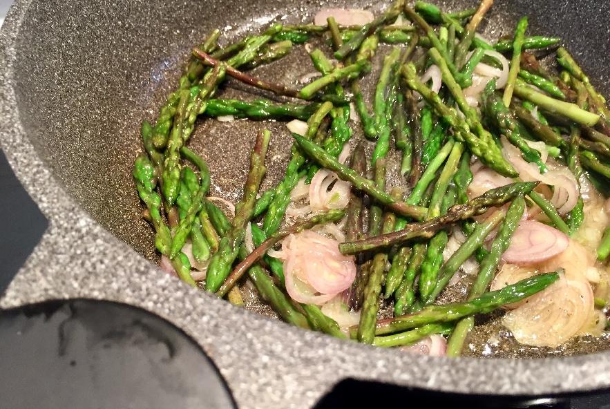Risotto asparagi e gorgonzola - Step 4 - Immagine 3