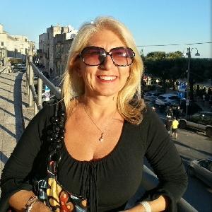 Claudia Mastrobuono