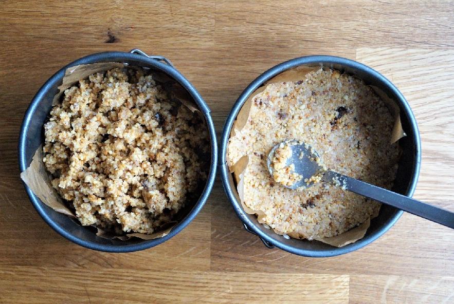 Cheesecake al cioccolato bianco, maracuja e cocco - Step 3 - Immagine 1