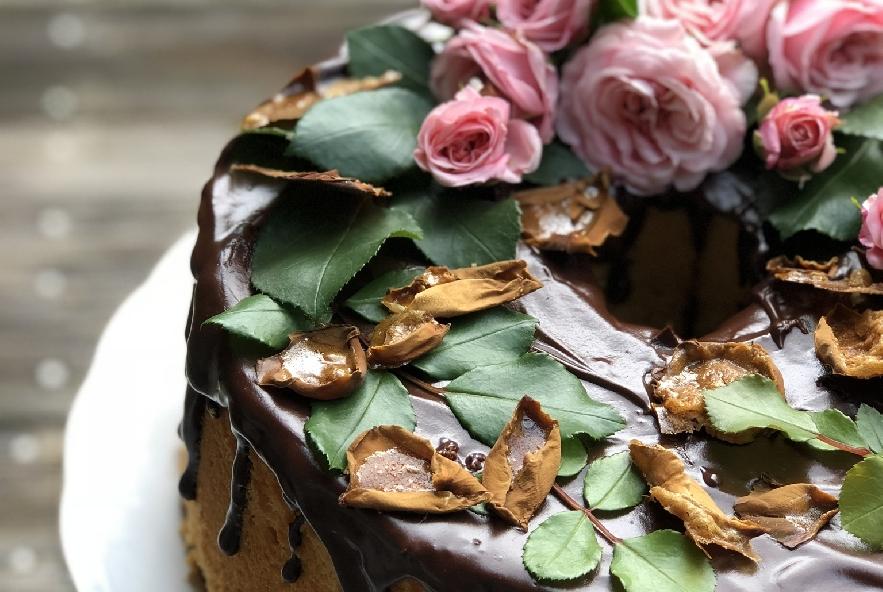 Chiffon cake alla rosa e petali caramellati - Step 5 - Immagine 1