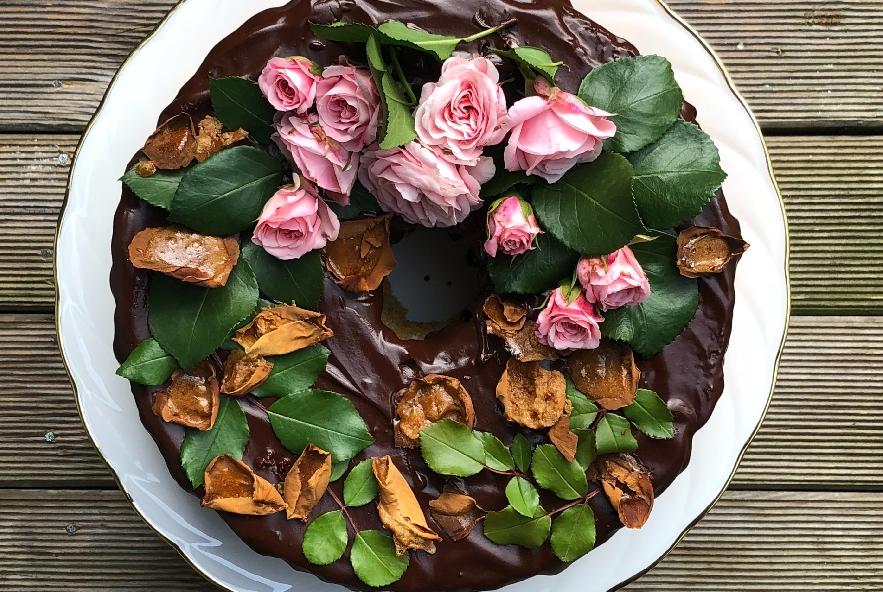 Chiffon cake alla rosa e petali caramellati - Step 5 - Immagine 2