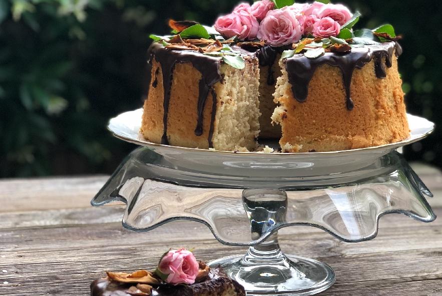 Chiffon cake alla rosa e petali caramellati - Step 6 - Immagine 3