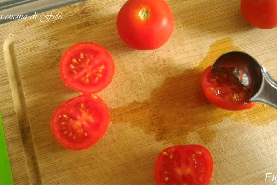 Pomodorini farciti gratinati - Step 2 - Immagine 1