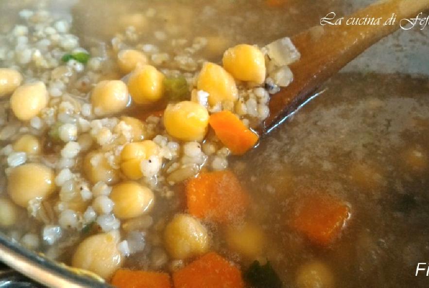 Zuppa di cereali e ceci in crema di broccoli - Step 3 - Immagine 1