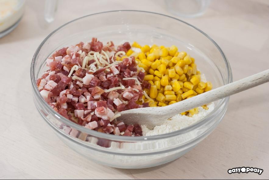 Muffin salati prosciutto e formaggio - Step 1 - Immagine 1