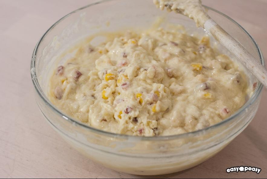 Muffin salati prosciutto e formaggio - Step 2 - Immagine 1