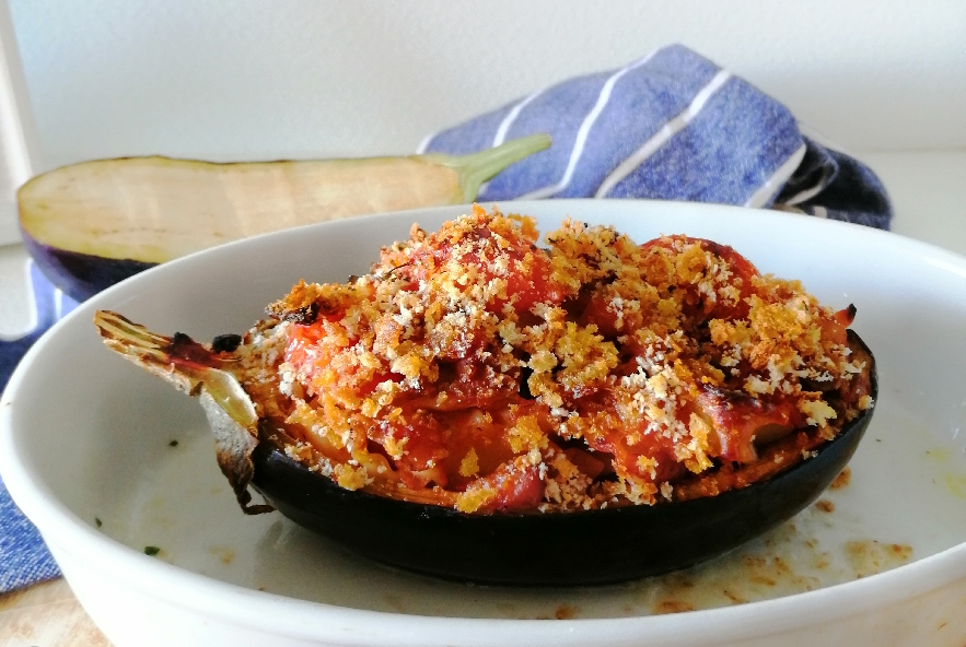 Melanzane ripiene di reginette, pomodori e capperi - Step 4 - Immagine 1