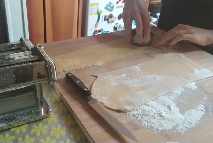 Pansotti con salsa di noci - Step 9 - Immagine 4