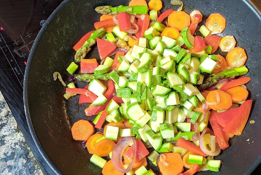 Risotto primavera con verdure fresche - Step 3 - Immagine 3