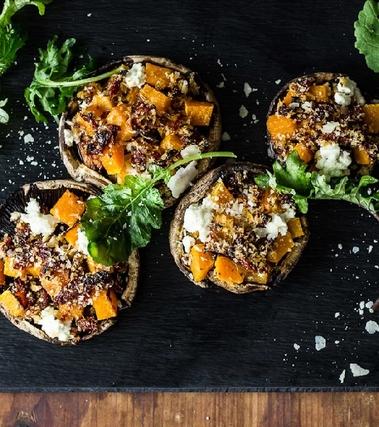 Funghi ripieni di zucca e formaggio di capra