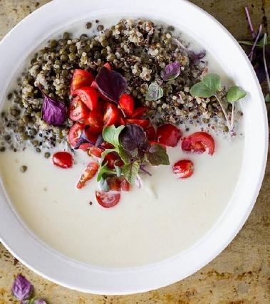 Vellutata di patate con quinoa e lenticchie