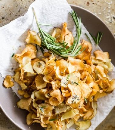 Petali fritti di topinambur con rosmarino