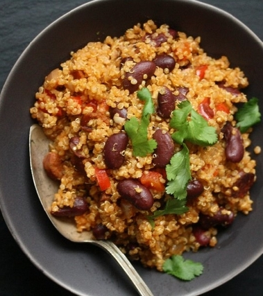 Quinoa con chorizo e fagioli rossi