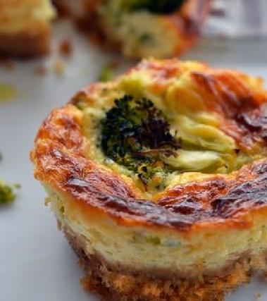 Cheesecake salate con broccoli
