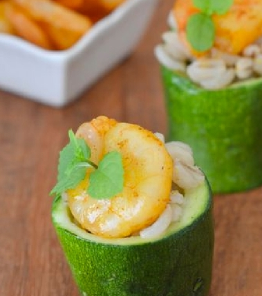 Zucchine con grano e gamberetti