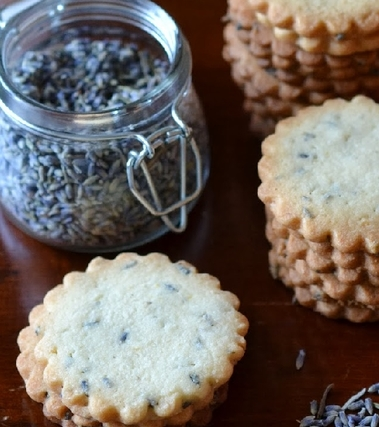 Biscotti alla lavanda e limone