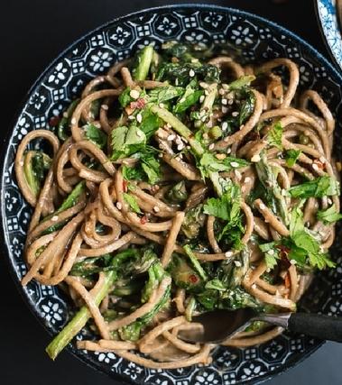 Spaghetti integrali alle cime di rapa