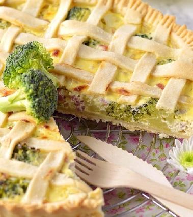 Crostata salata broccoli, prosciutto e ricotta