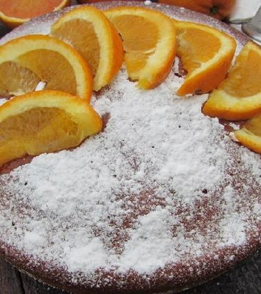 Torta di arance senza latte, burro e olio