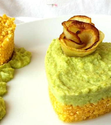 Cheesecake di avocado, mela e yogurt greco