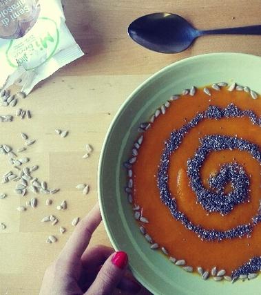 Gazpacho di carote con semini
