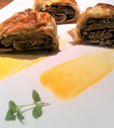 Filetto in crosta su crema di albicocche