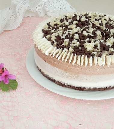 Torta mousse allo yogurt