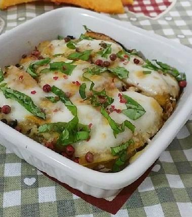 Parmigiana di zucca e alici fresche