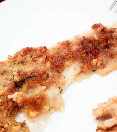 Persico in crosta di noci e parmigiano